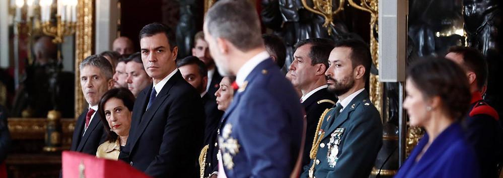 El Rey recuerda ante Sánchez el compromiso de los Ejércitos con ...