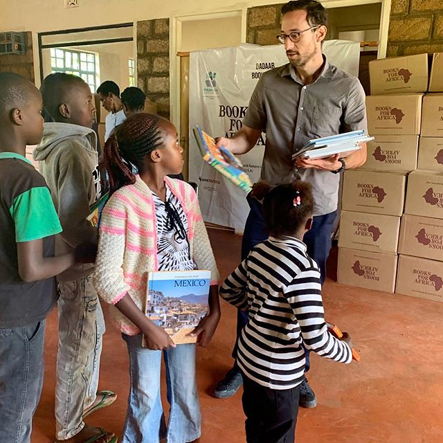Maktabas/Louis Brownstone Distributing Books in Kenya