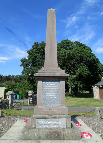 Giffordtown War Memorial Southern Aspect