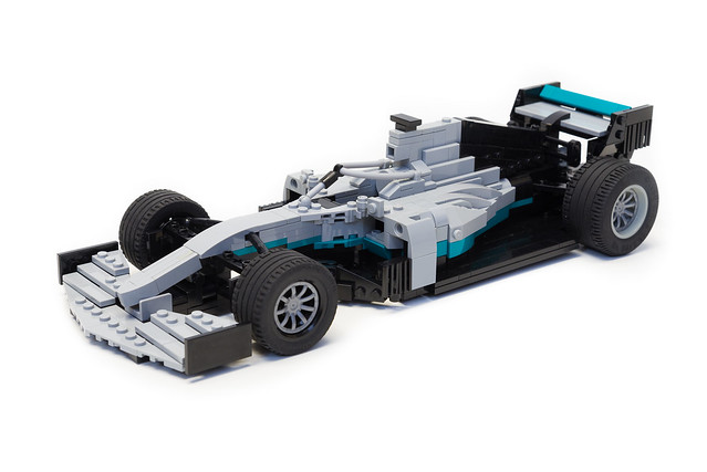 Mercedes-AMG F1 W10 EQ Power+ (5)