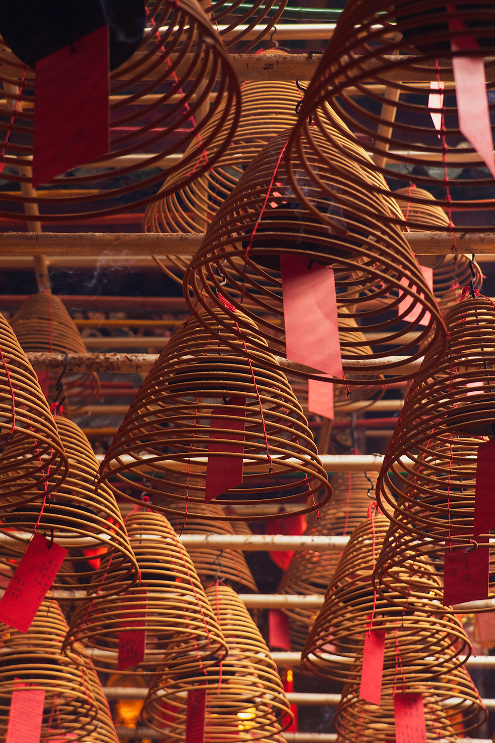 12hongkong-manmotemple-incense-travel