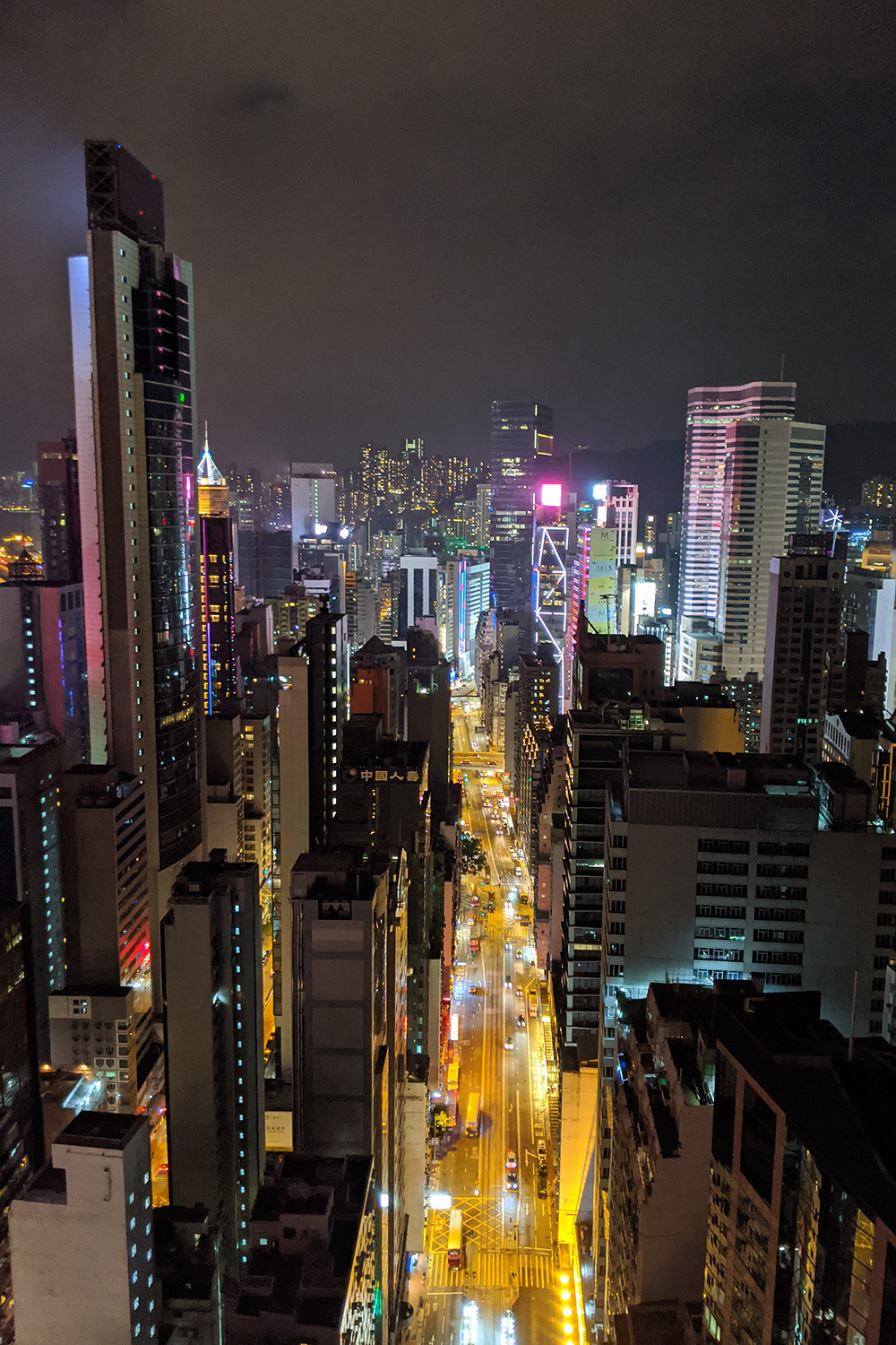 14hongkong-night-cityscape-rooftop-travel