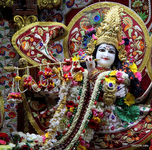 ISKCON Juhu Sringar Deity Darshan on 7th Jan 2020