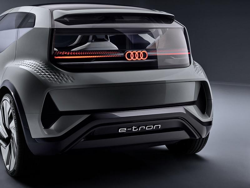 Audi-AI-ME-CES-80