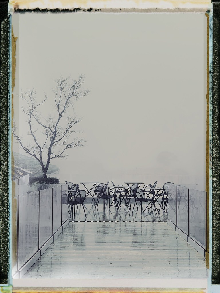 Chairs in the fog (let's get lost)