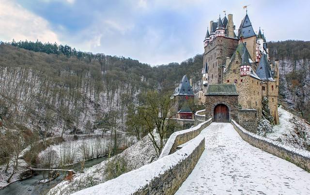 Winter an der Burg Eltz