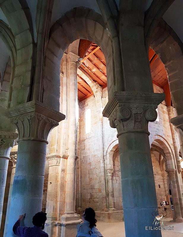Descubre el Monasterio de San Lorenzo de Carboeiro (7)