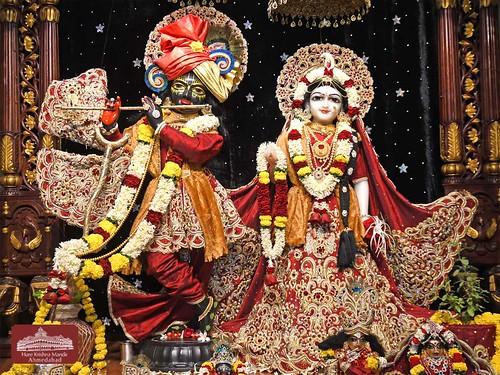 Hare Krishna Temple Ahmedabad Deity Darshan 07 Jan 2020