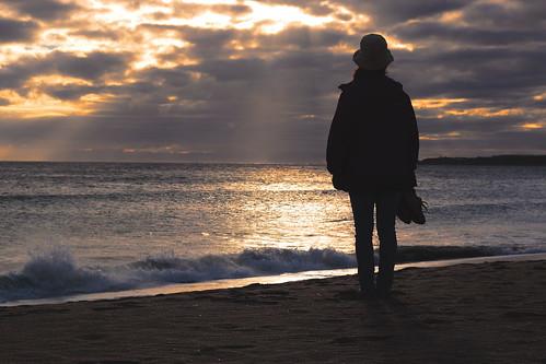 beach beachsilhouette sunset wife holiday