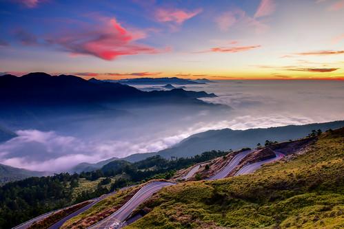 taiwan nantoucounty renaitownship hehuanmountain sunset sky skyspace cloud tarokonationalpark 台灣 南投縣 仁愛鄉 台14甲線 夕陽 火燒雲 雲海 昆陽 合歡山 雪霸國家公園