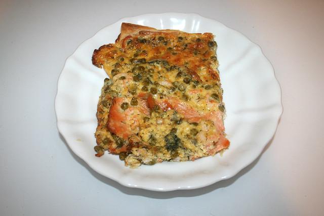 04 - Salmon pizza - Served / Schwedenpizza - Serviert