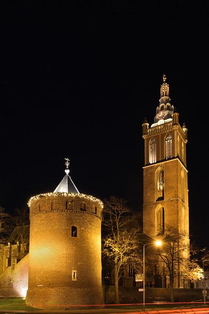 Rattentoren en Sint Christoffelkathedraal.