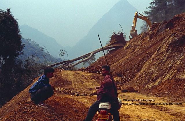 near Muang Xai, road blockage