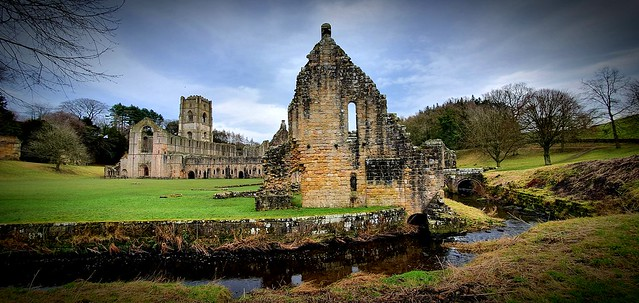Fountains Abbey & water Gardens