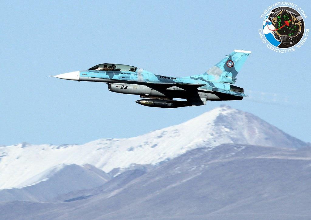 04.-F-16B.-NSAWC.-NAS-Fallon-04.03.2013.-Mount-Augusta