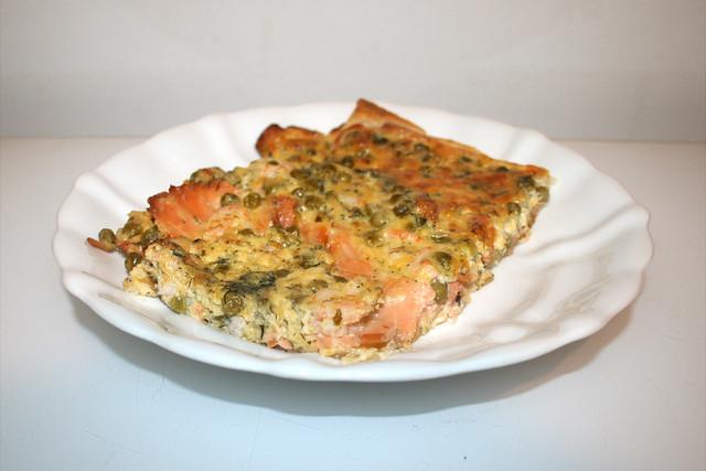 05 - Salmon Pizza - Side view / Schwedenpizza - Seitenansicht
