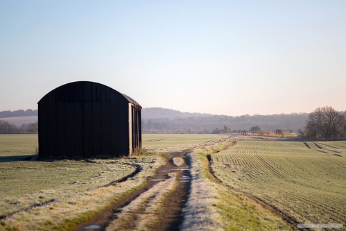 stapleford farmtrack cambridge cambridgeshire dawn sunrise path barn kase06ndsoft kasepolariser