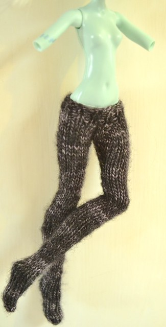 Free Monster High Doll Tights Knitting Pattern
