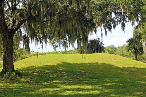 park trees landscape florida spanishmoss historical mound crystalriver