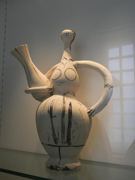 femme vase picasso
