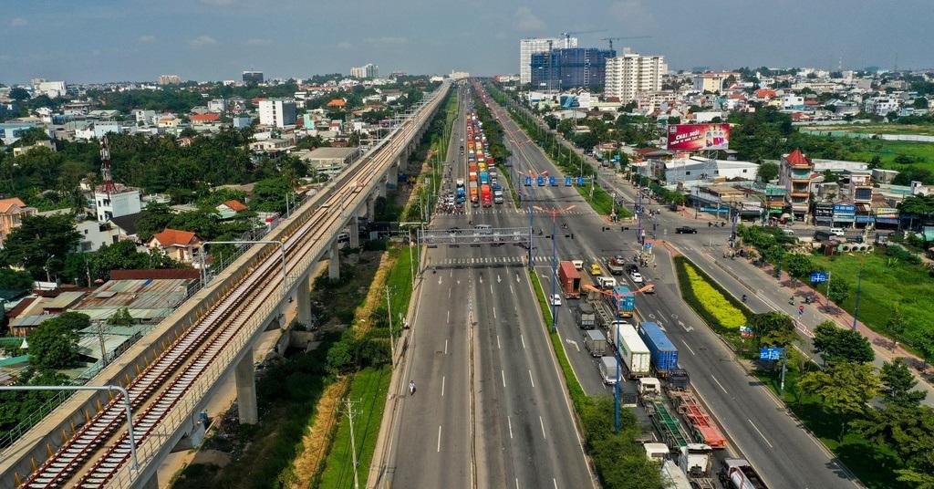 Metro Bến Thành – Suối Tiên dài gần 20 km đã kết nối thông toàn tuyến chuẩn bị cho chạy thử.