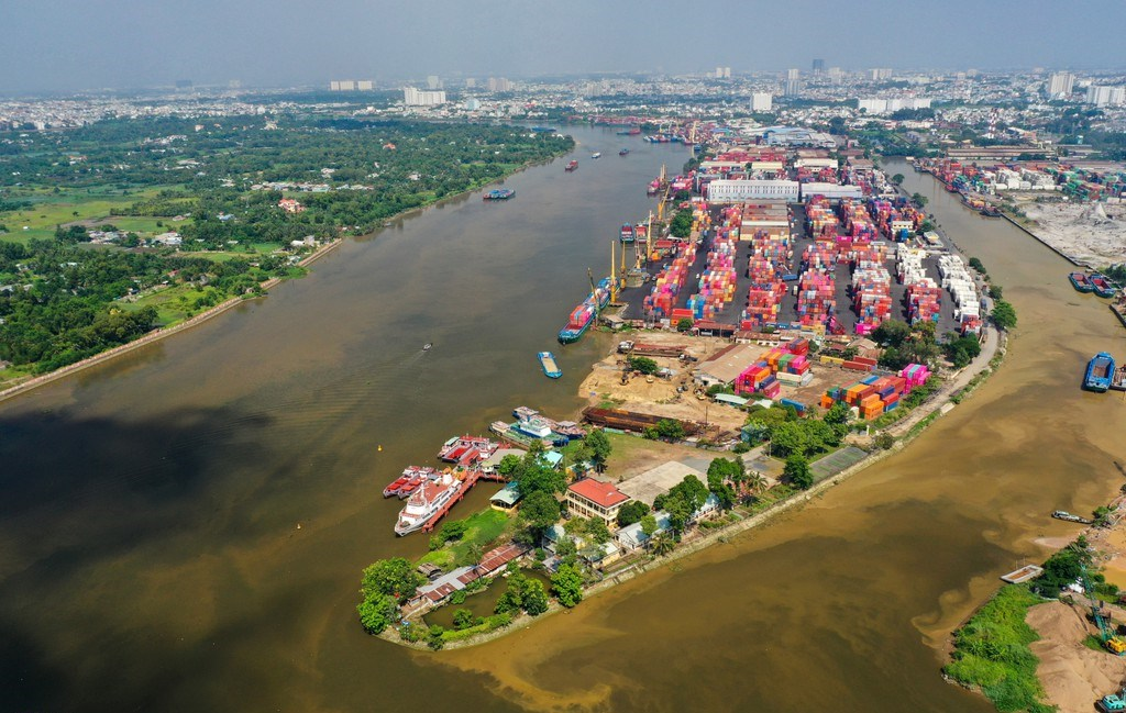 Cụm cảng ICD Trường Thọ có vị trí cực hiếm với 3 mặt giáp sông Sài Gòn.