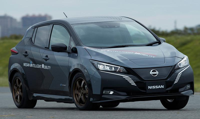 Nissan-e-4ORCE-Concept-1