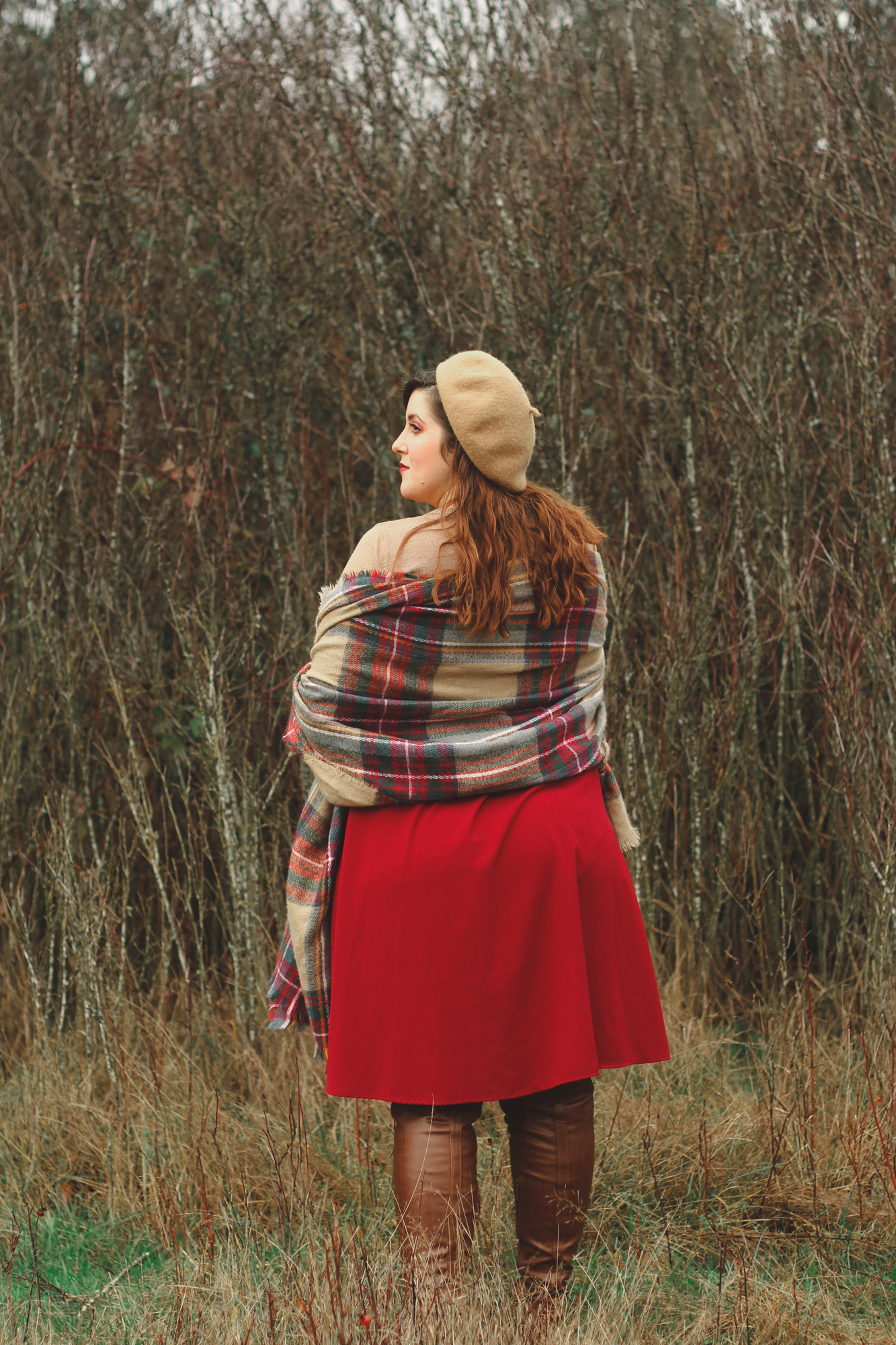 vintage-inspired maternity outfit featuring blanket scarf