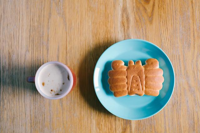 かにパンとカフェオレ 2019/12/21 XE108209