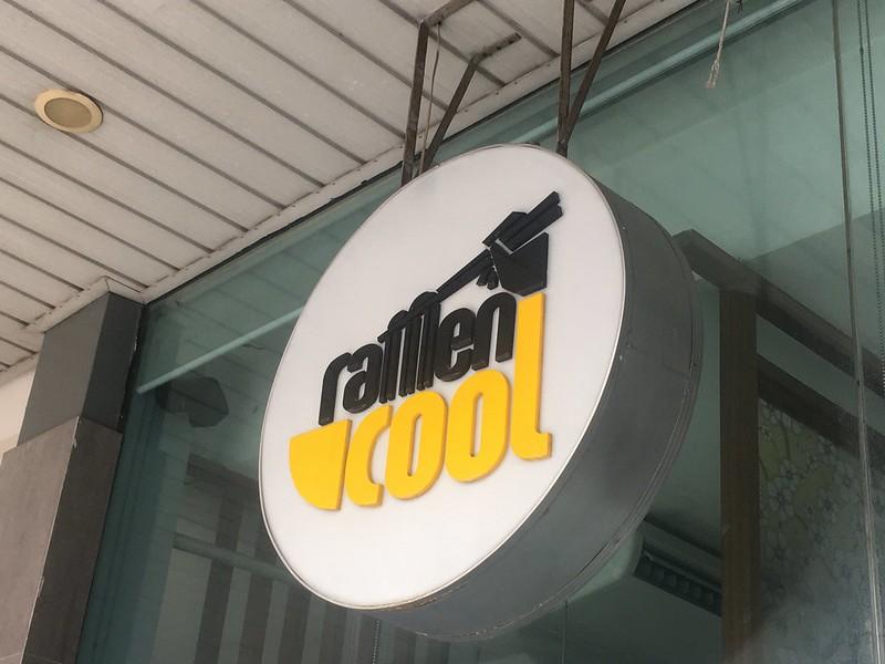 Ramen Cool, Kapitolyo