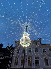 A starry dusk in the Square, Shrewsbury, 27 Dec 19