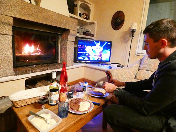 dîner devant le feu