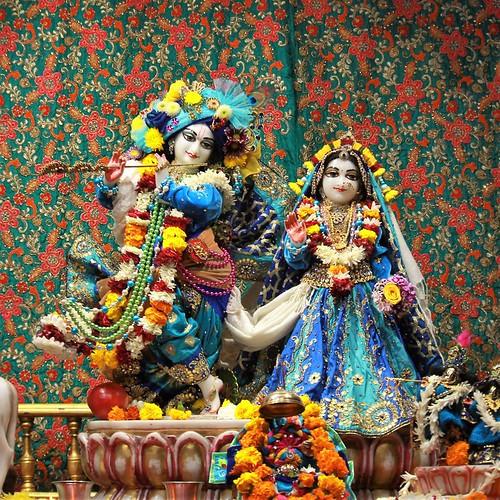 ISKCON Punjabi Bagh Deity Darshan 08 Jan 2020