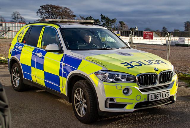 Northamptonshire Police   BMW X5   LD67 UYG   ARV