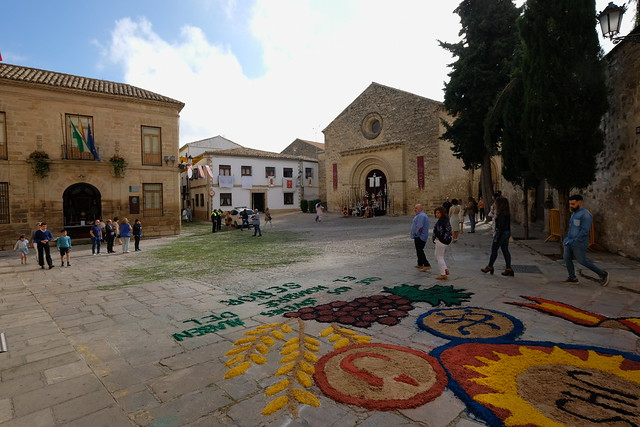 XE3F7624 - Iglesia de la Santa Cruz, Baeza (Jaén)