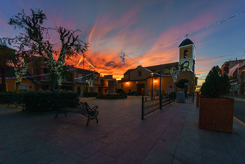 dayanuea church sunset