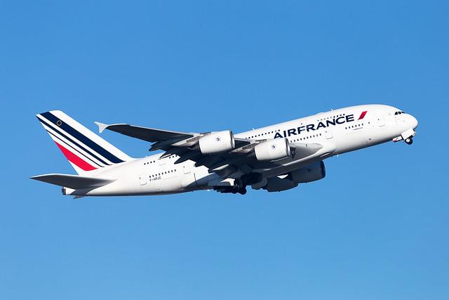 CDG - Airbus A380-861 (F-HPJC) Air France