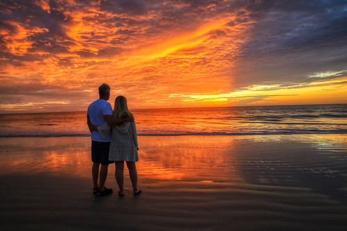 palmcoast sunrise daughter fatheranddaughter sunrisetogether ocean atlanticocean reflection