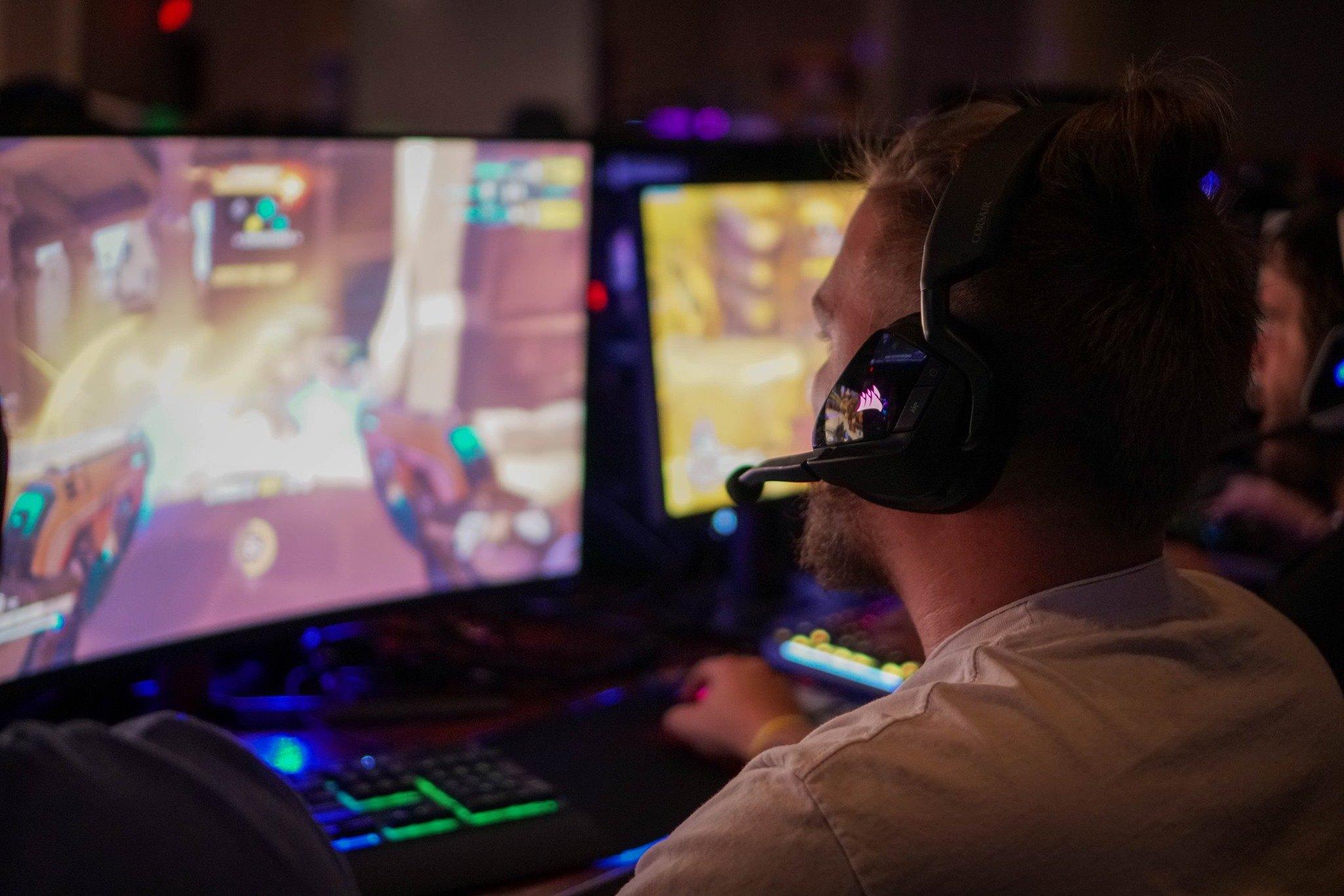 Laclede's LAN Fall 2019 corsair