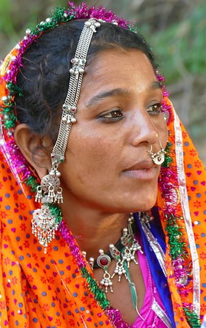 Jeune-femme de la tribu Mir