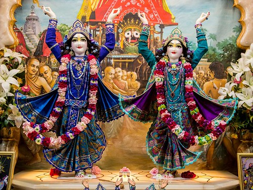 ISKCON Hungary Deity Darshan 08 Jan 2020