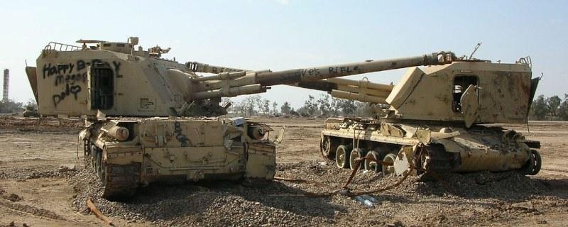 155mm-AuF1-abandoned-iraq-arm-1