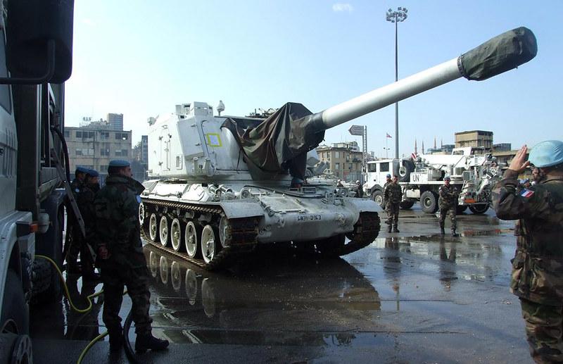 155mm-AuF1-leave-beirut-20110214-mln-1