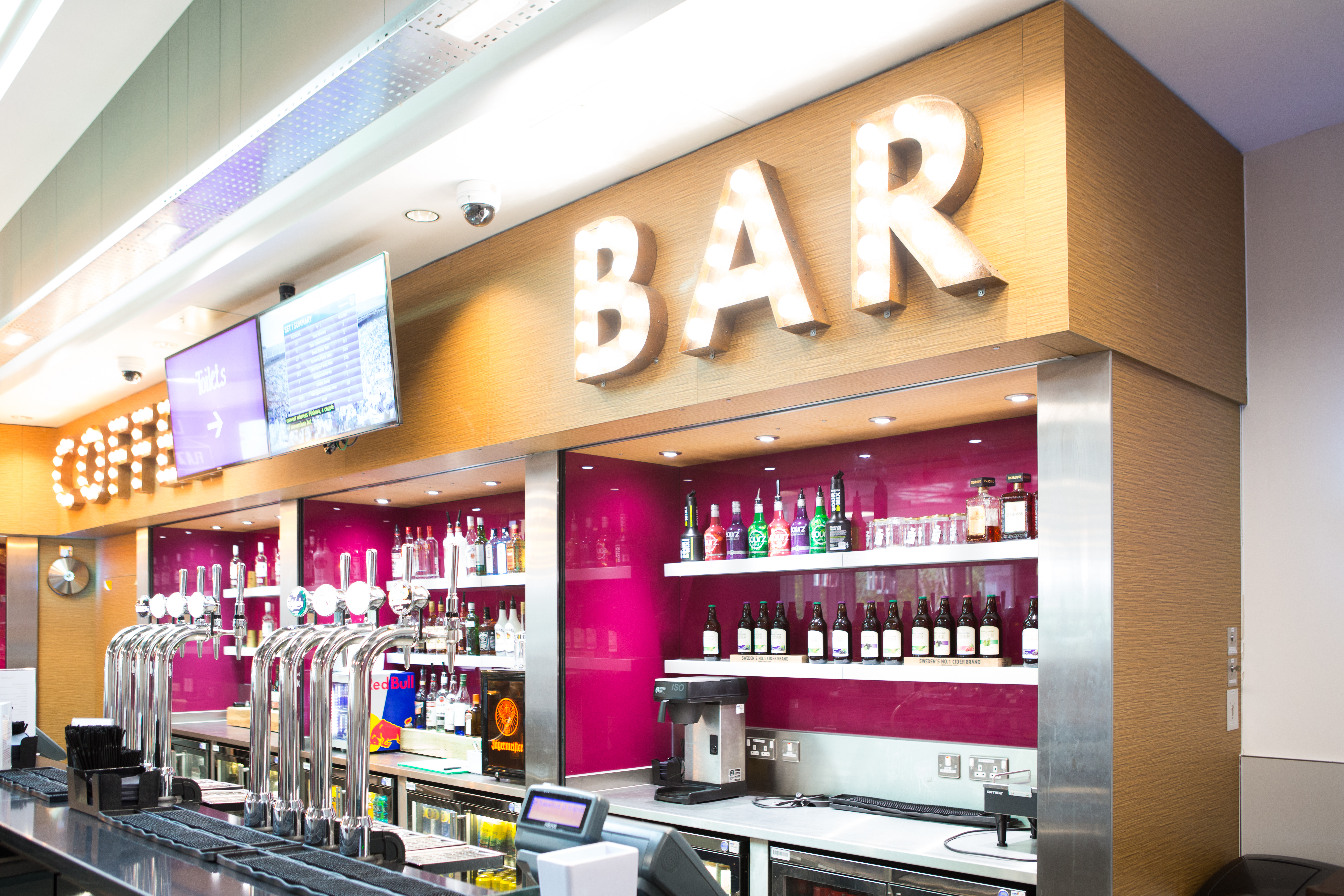 The bar in Lime Tree