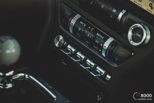 Ford Mustang Bullit - 8000vueltas-64