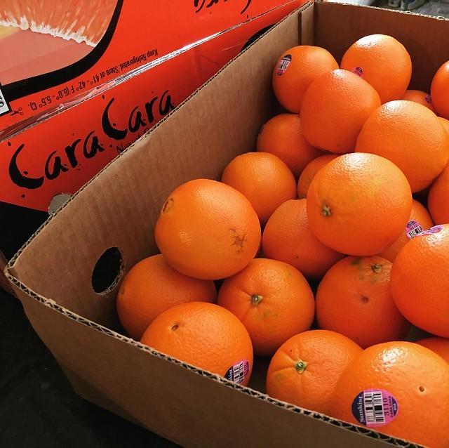 20lb box of cara cara oranges
