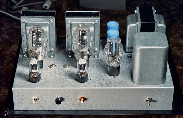 JE Labs Classic Stereo SE300B amp