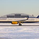TF-ISF Icelandair Boeing 757-223(WL) cn: 24595/337