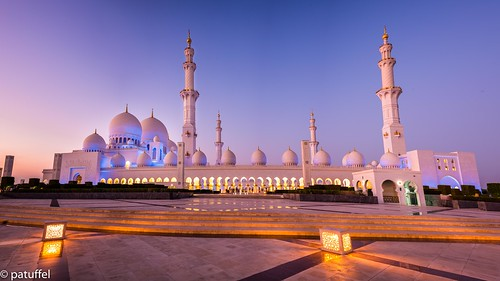 sheikh zayed mosque abu dhabi uae blue hour emirates grand great moschee united arab leica m10 28mm summicron long exposure sunset bluehour zayid