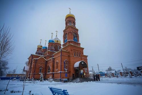 09 января 2020, Митрополит Кирилл совершил Божественную литургию в храме Вознесения Господня г. Ипатово